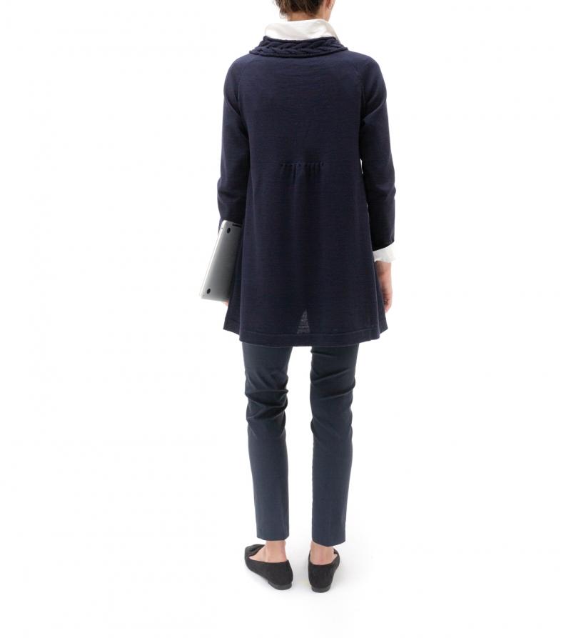 Maglia premaman collo a treccia blu scuro in pura lana merinos Nicol Caramel Milano